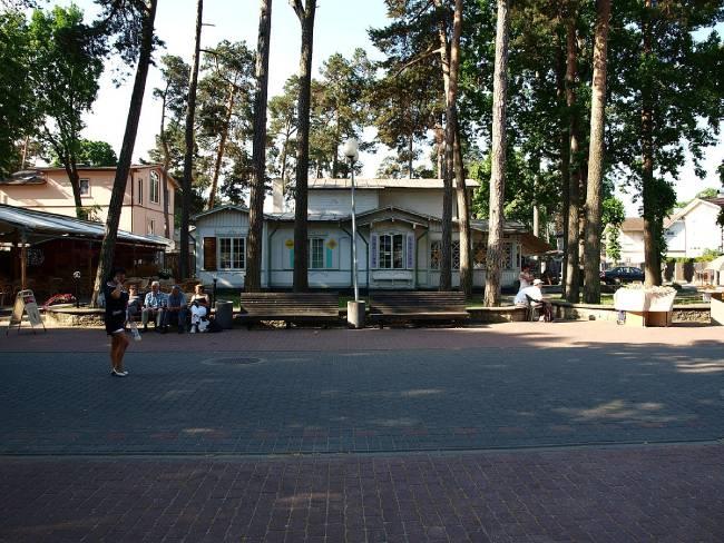 calle jomas iela jurmala letonia